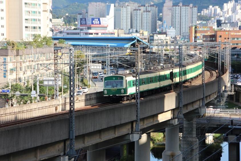 train-2778122_960_720