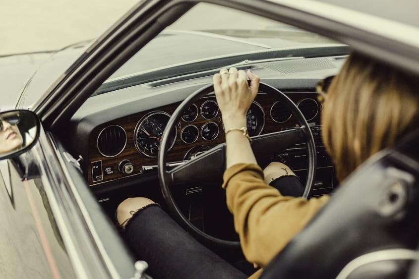 automotive-1866521_960_720 (1)