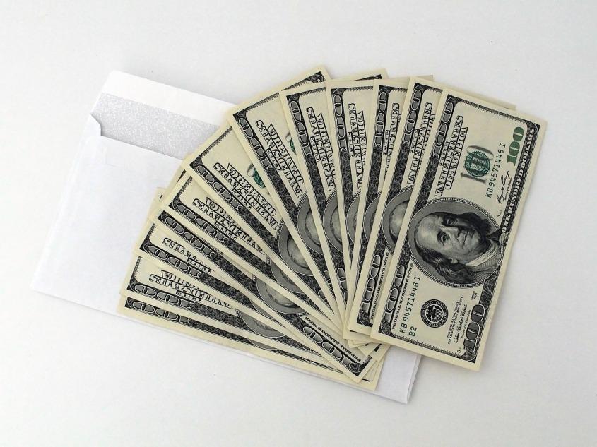 dollars-2439136_1280